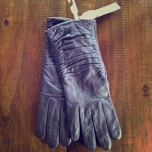 Accessories - BRAND NEW Purple Leather Gloves